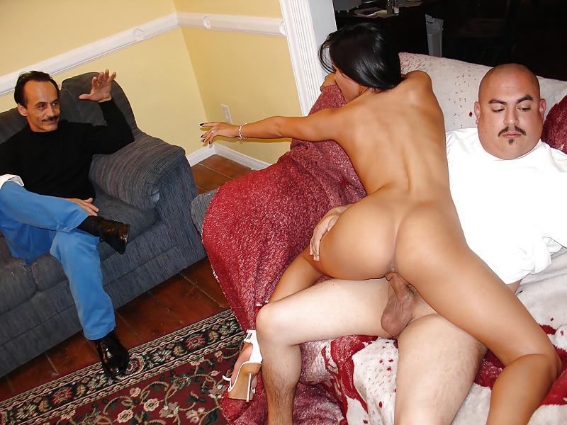 Порно Жену Хозяина В Гостях