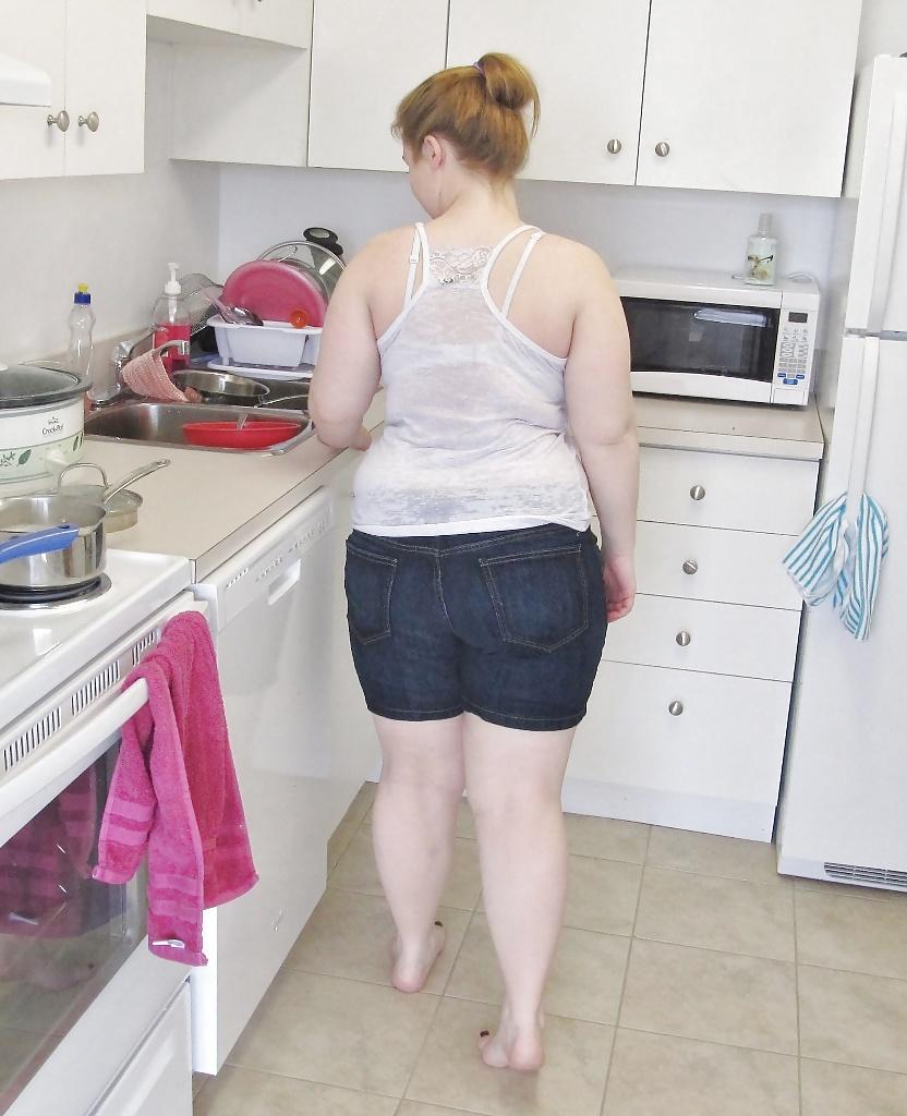 Dreckige Schlampe Fickt Ihre Fetten Muschilippen