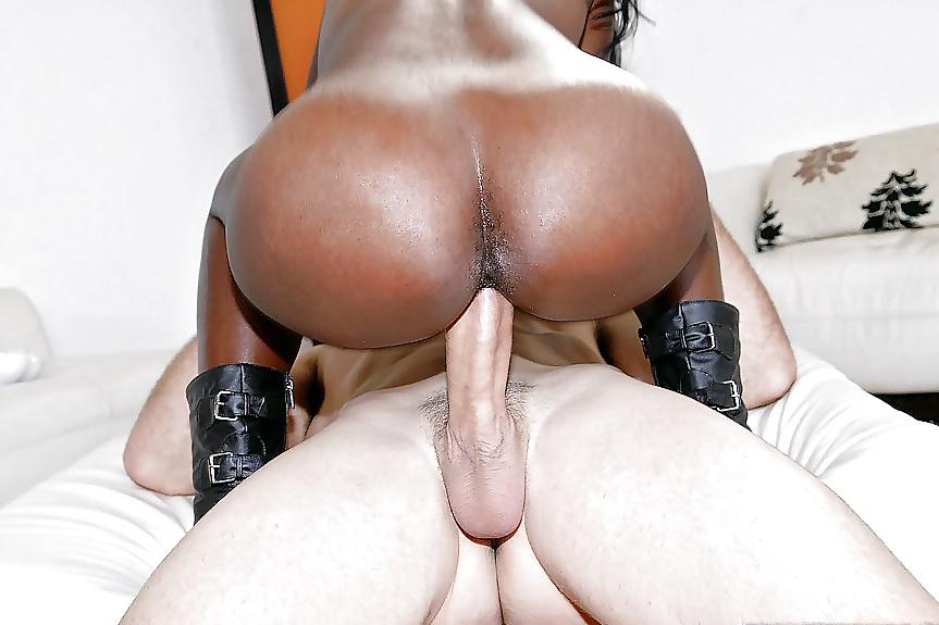 Скачет На Черный Хуй Большая Жопа Порно