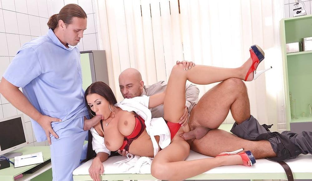 Разврат В Больнице Порно