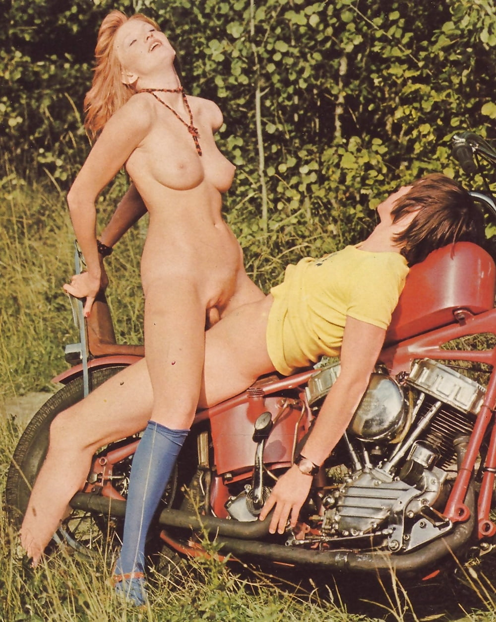 Смотреть Порно Ретро Мотоциклы Горповкшка