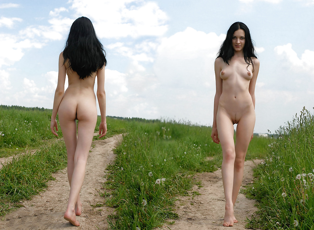 Обнаженные Девушки Стоя Фото