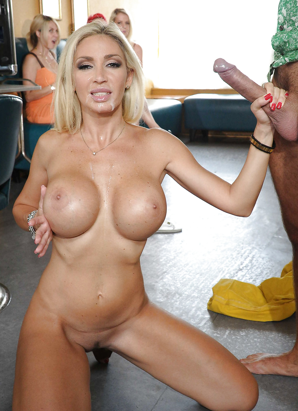 Fake tits porn