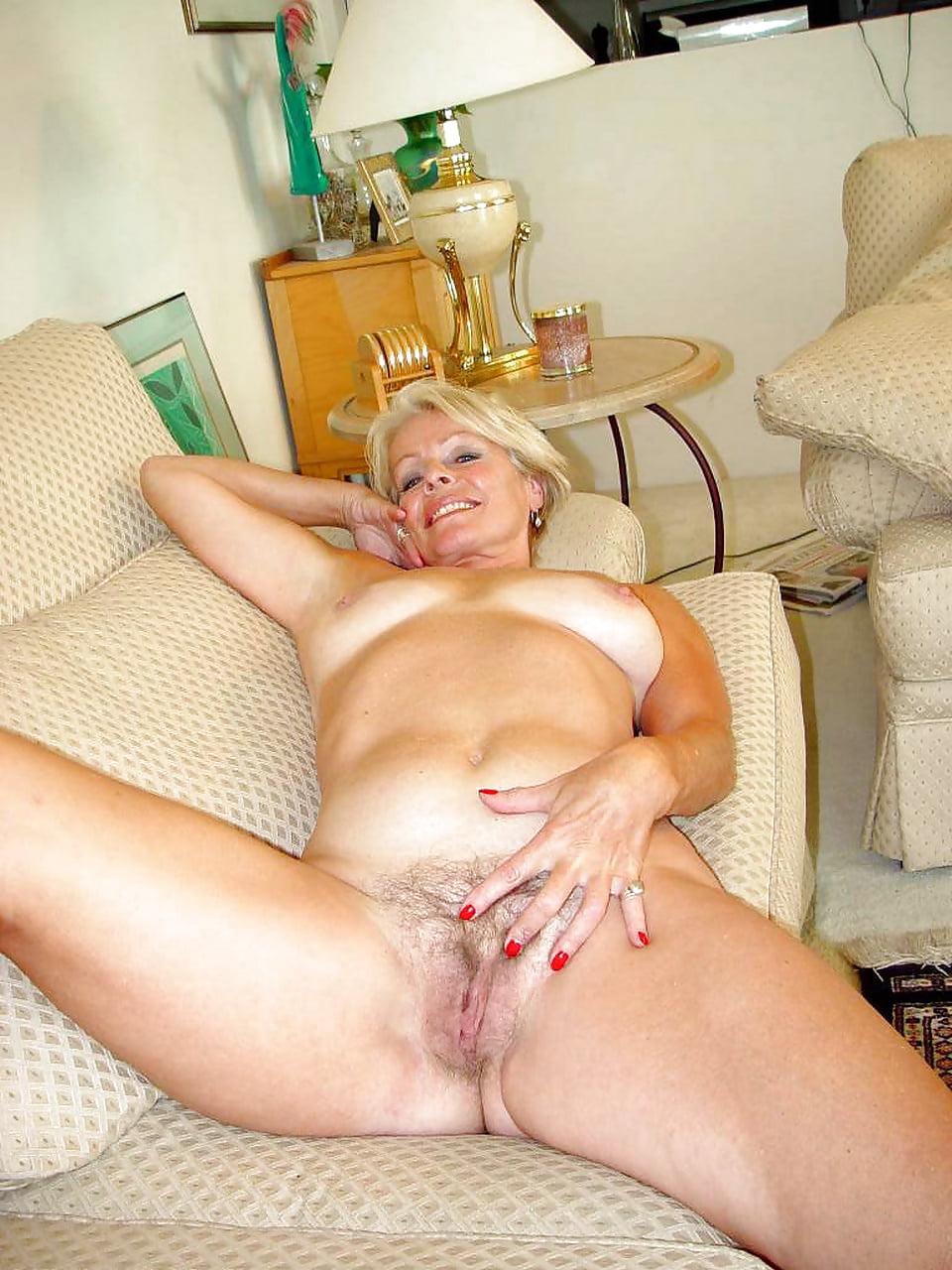 Old Spunkers Mature Justine Nude