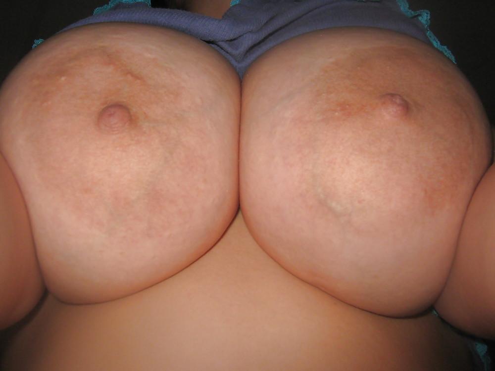 j-size-tits