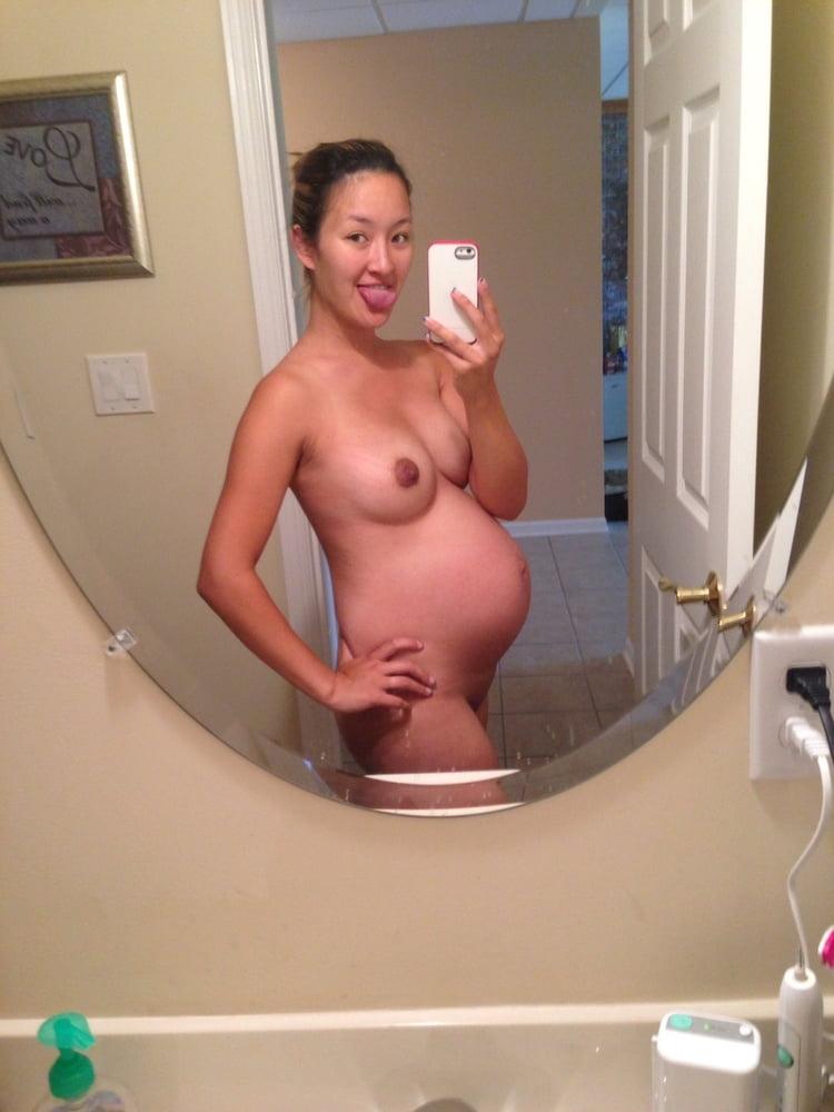 Pregnant - 105 Pics
