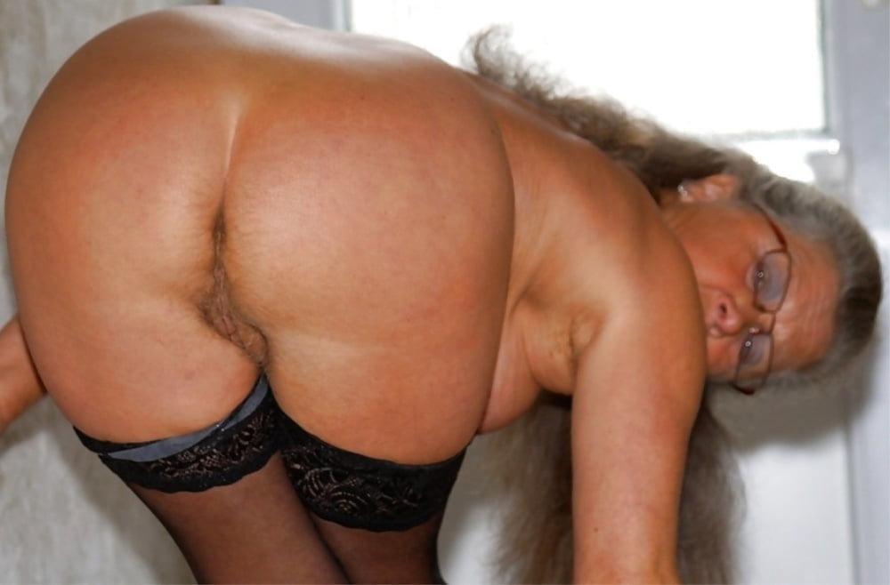 Granny ass pic