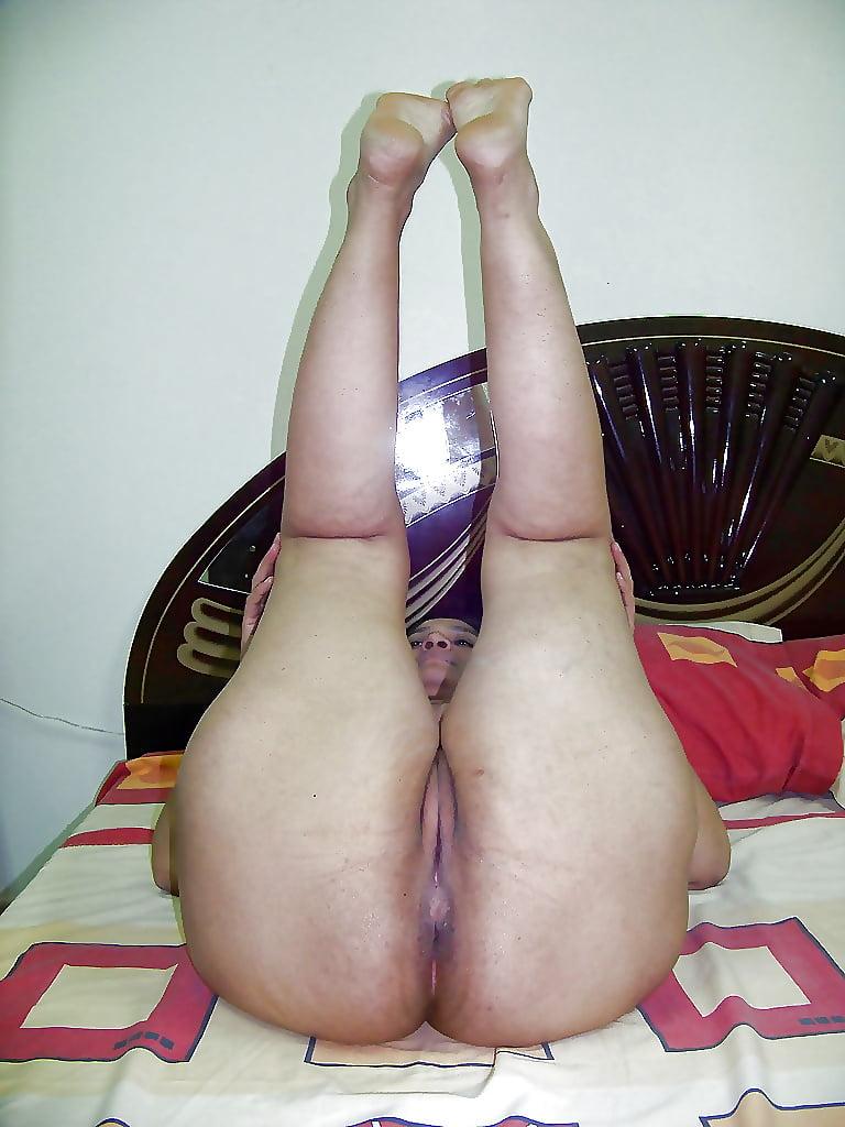 Big fat arab nude women