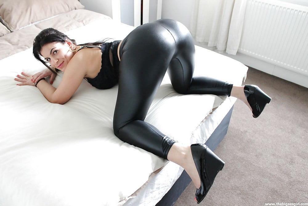 Spandex on hot ass porn #9