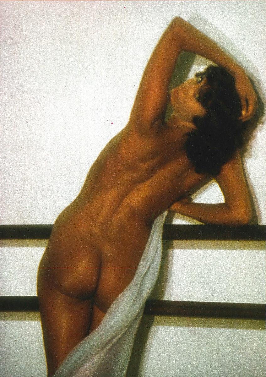 portugeese-girls-maria-grazia-cookin-playboy-nude-desktops-fre