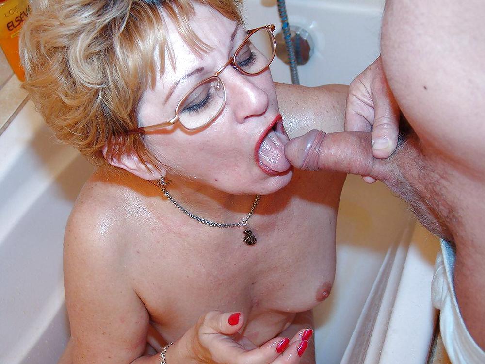 кончить зрелой в рот порно - 7