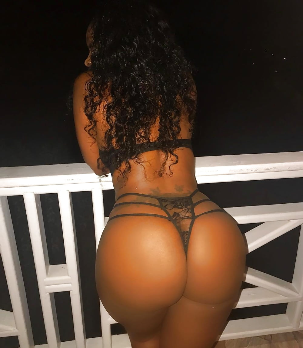 Boston female escorts for couples and boston escort services for couples in massachusetts