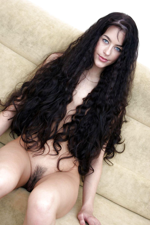 Alanis morissette nude james girl estonoesyugoslavia