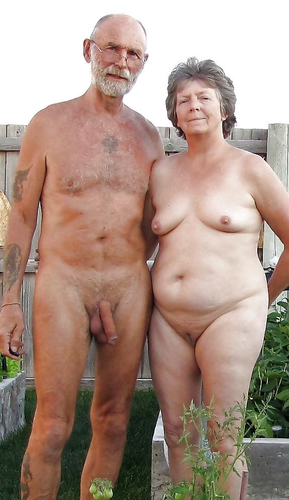 senior-amateur-couples-naked