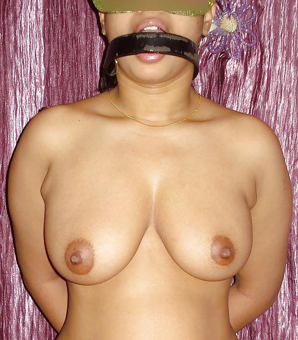indian-female-bondage-wife-facial-video