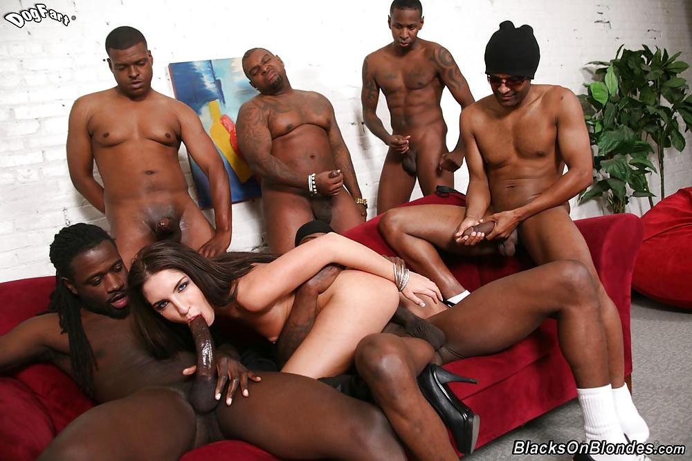 Порно видео групповой секс девушки и негров, анус раздвинутый фото