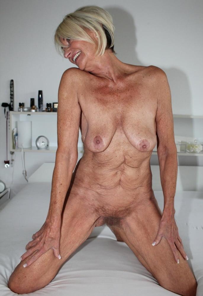 Senior nude gorgeous — pic 7