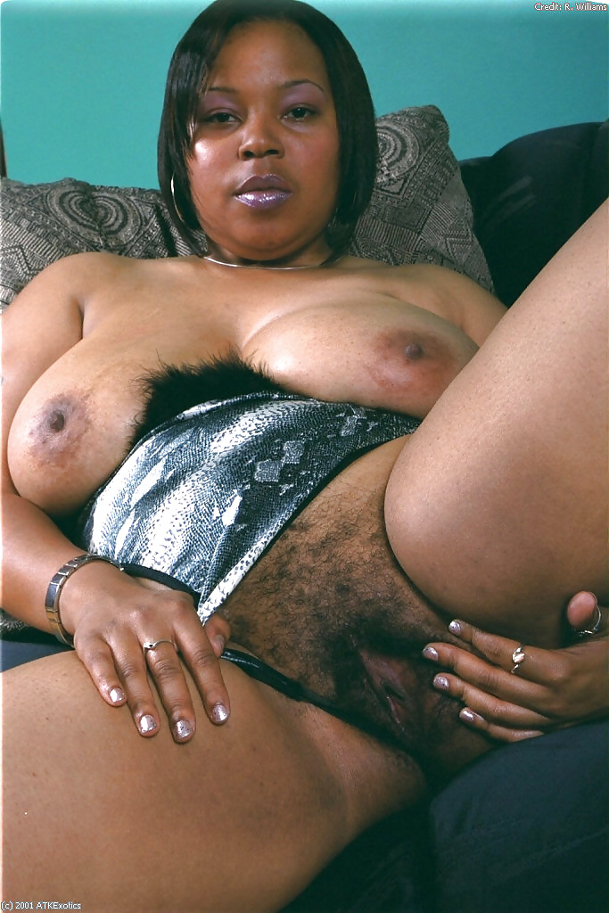 Thick hairy black pussy — photo 8