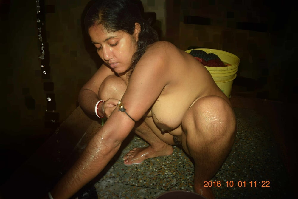 Mast Kolkata Boudi Naked Cute Photo