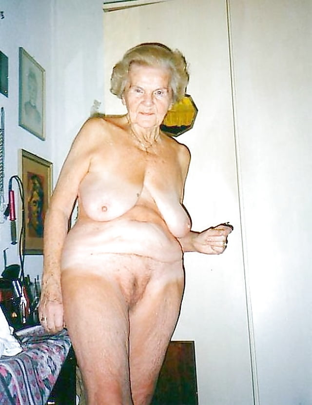 old-disgusting-naked-women-nicked-pics-doing-sex
