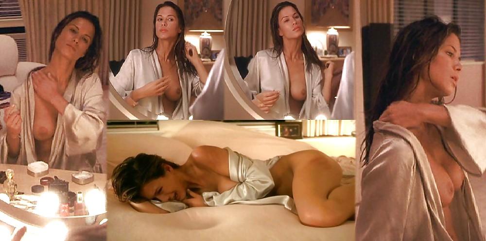 Free Naked Rhona Mitra