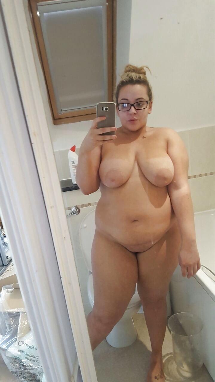 milf-chubby-blonde-naked-mirror-goodbye