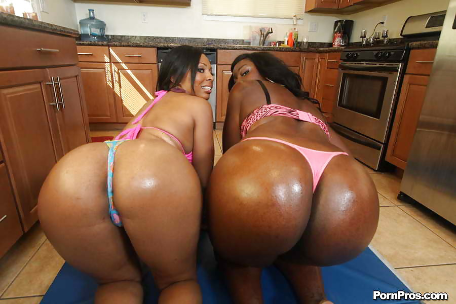 naked-bitches-with-big-asses-sexy-tube
