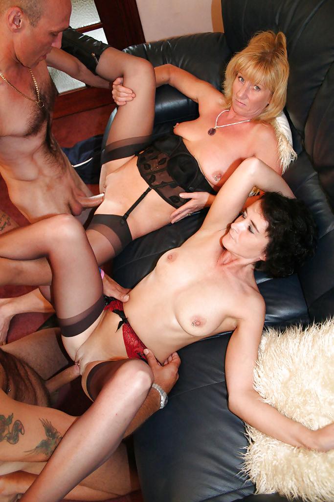 Жена любит групповой секс с матюрами видео дыра порно смотреть