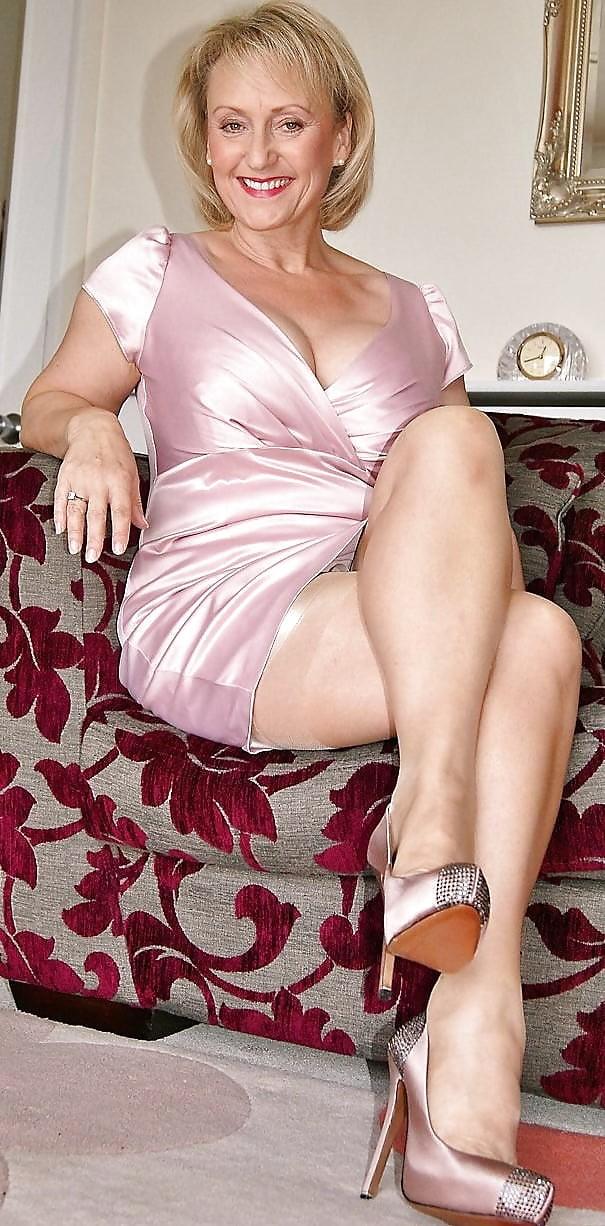 Фото зрелые женщины анус