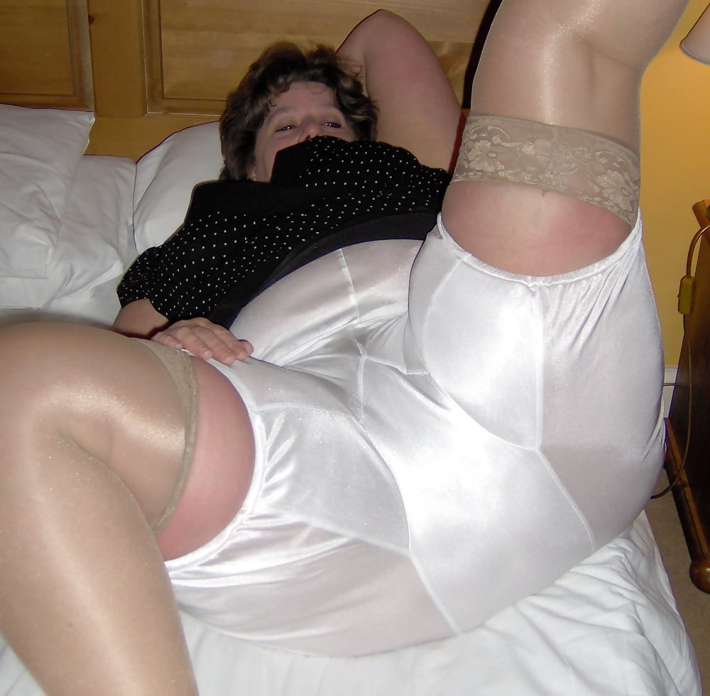 Mature panty pic series — pic 14