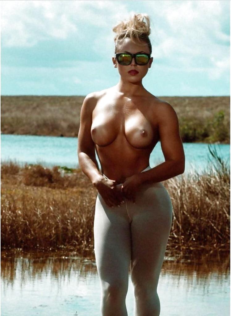 Tamra Dae Naked
