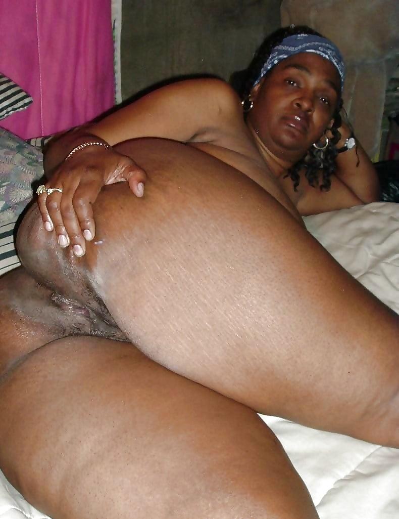 fat-black-grandma-nude-naked-pornstars-men