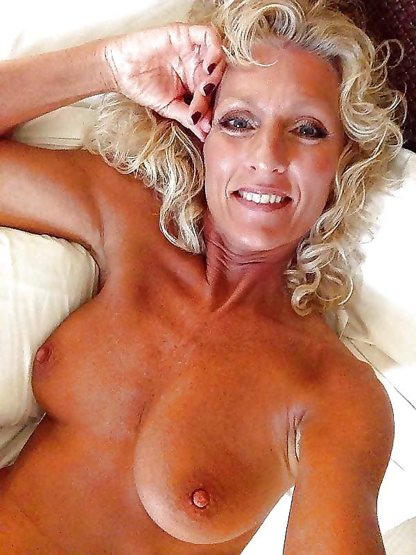 Sexy blonde mature women-2135