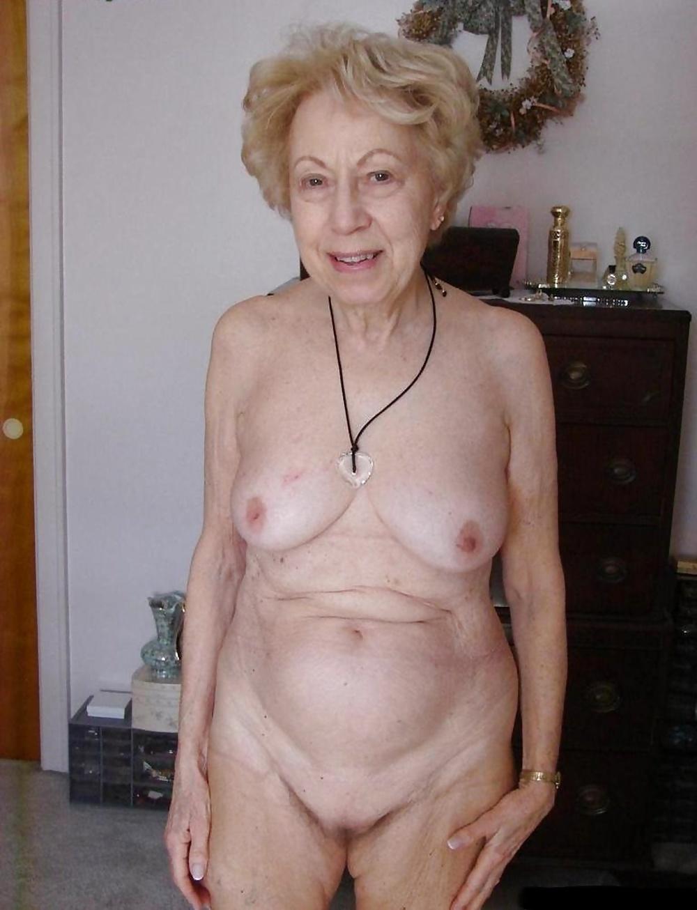 фото голых пожилых старушек даже приходил