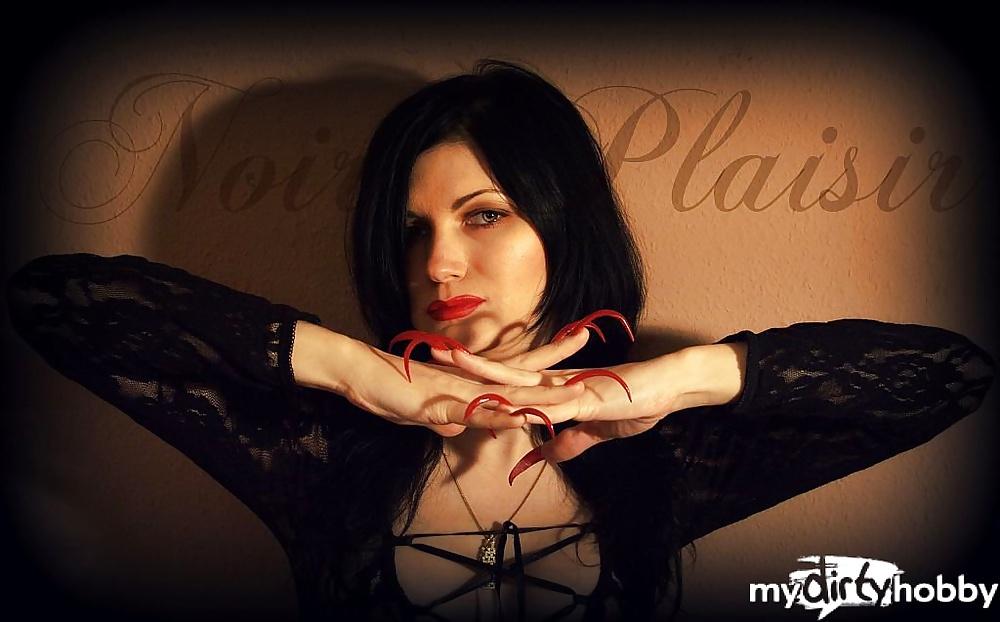 Noir Plaisir