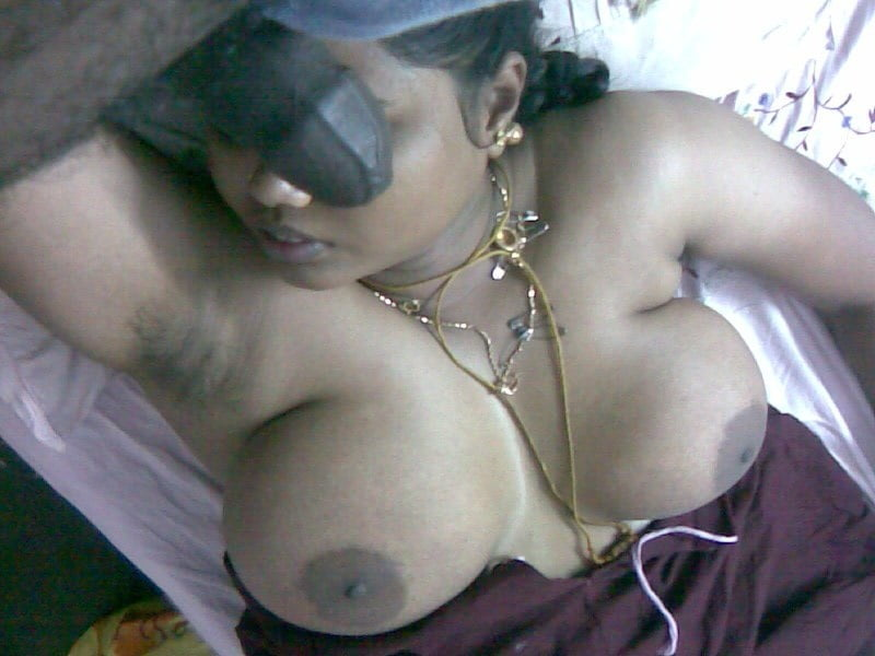 Moti aunty nude pic