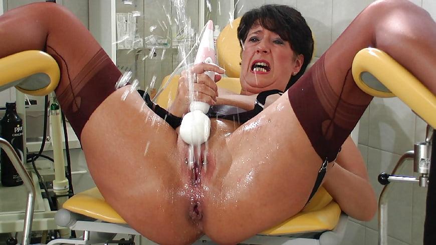 Mature mom squirt #10