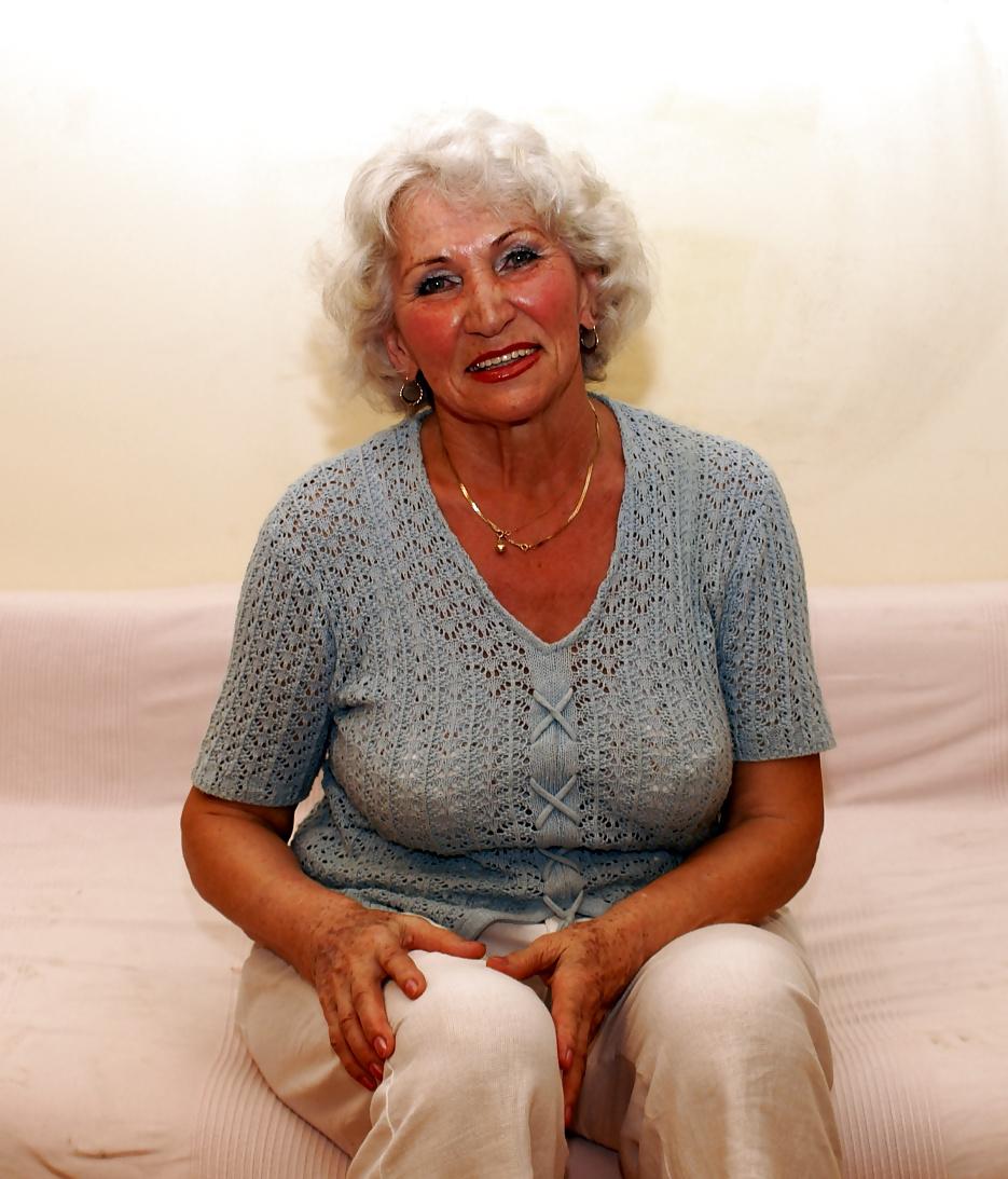 фото зрелых бабусь мужских