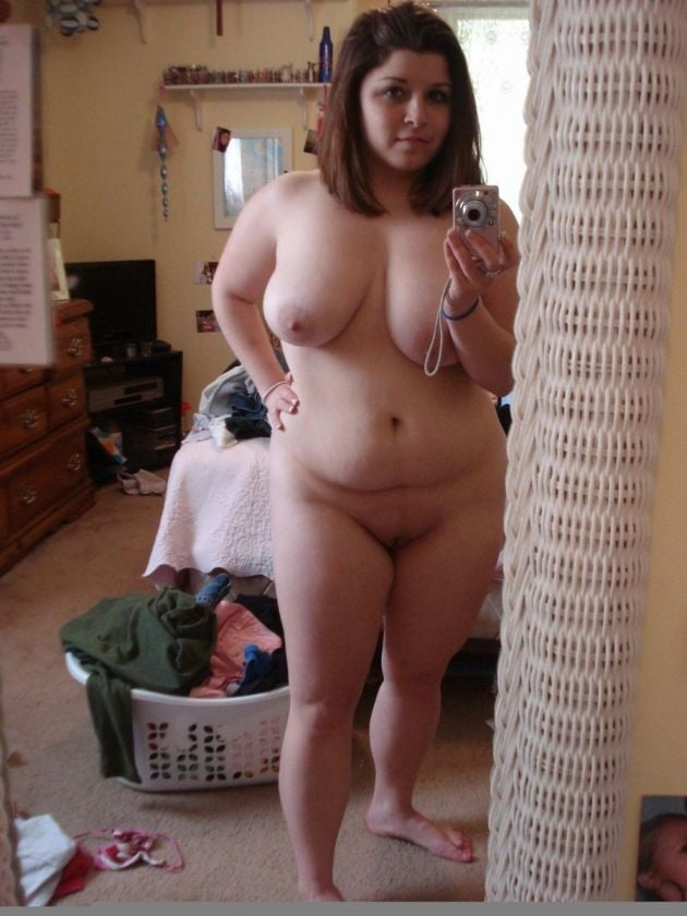 fat-girls-naked-at-home