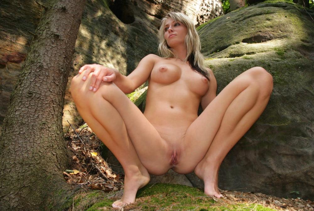 Amy red gives amazing massage