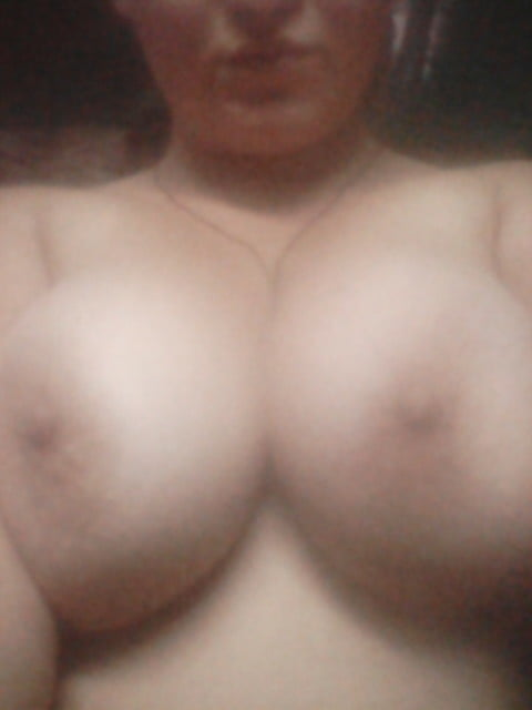 Big natural tits videos-8900