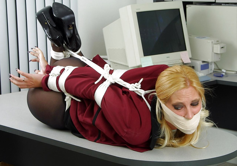 Free secretaries in bondage