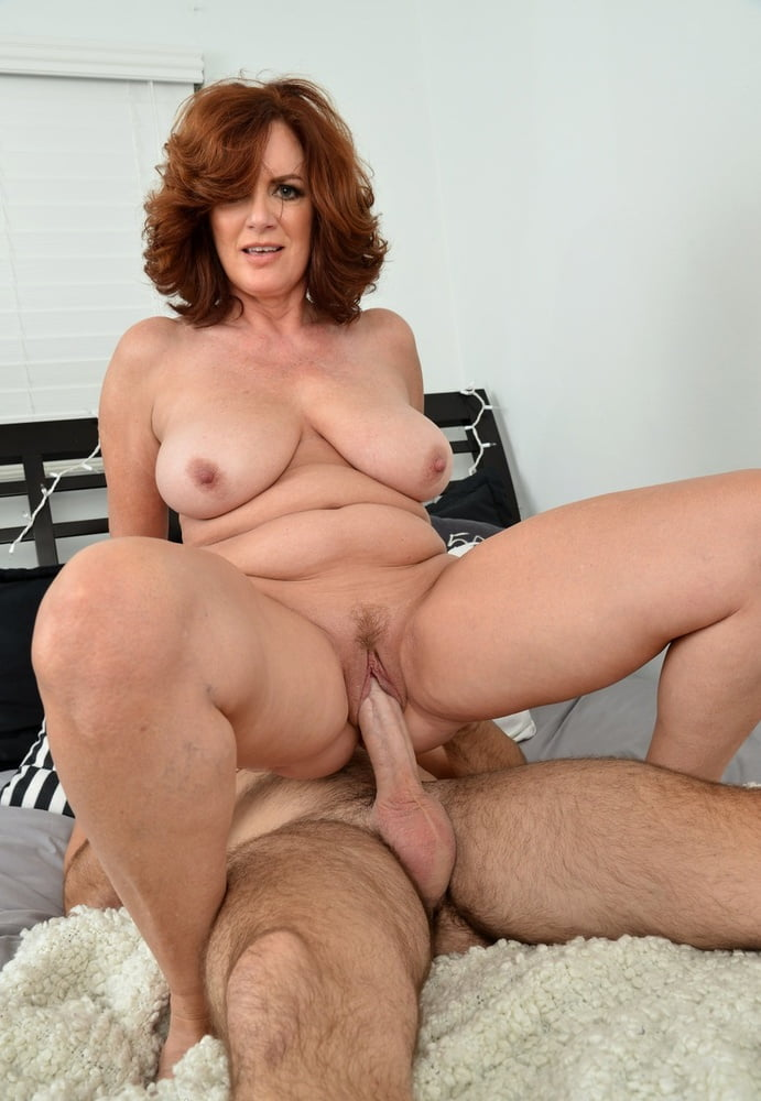 Hot mature women big frog — pic 8