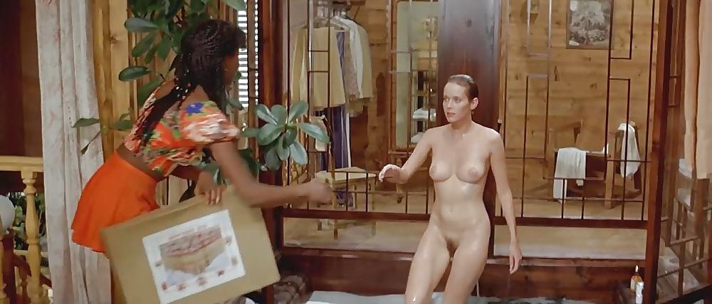 zhena-vpervie-silviya-kristel-porno-foto