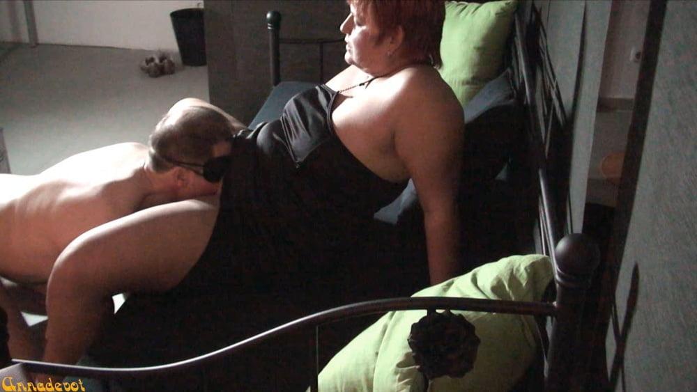 Frigid Wife at home - 5 Pics