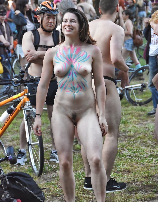 2016 Naked Bike Ride Portland Girl Dancing - 8 Pics -6746