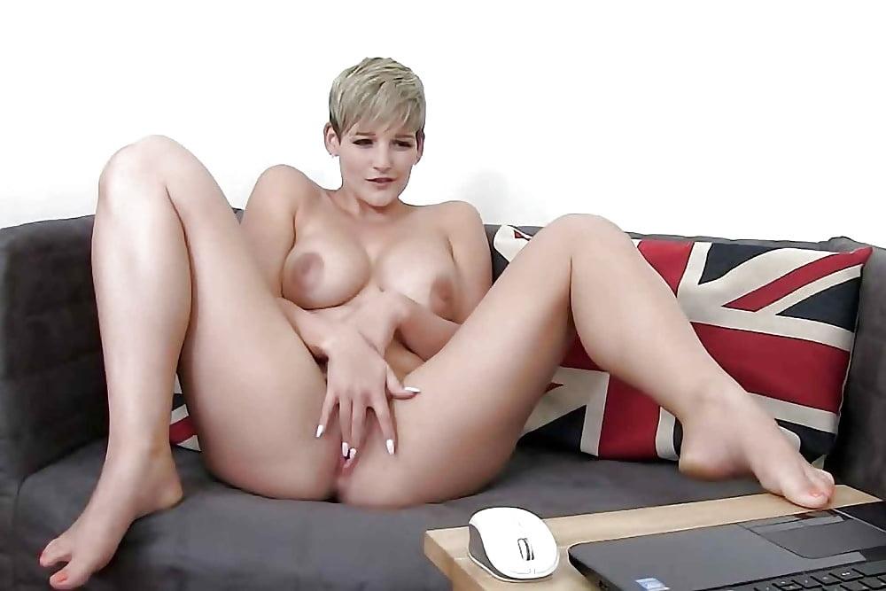 Free Short Hair Girl Porn Pics