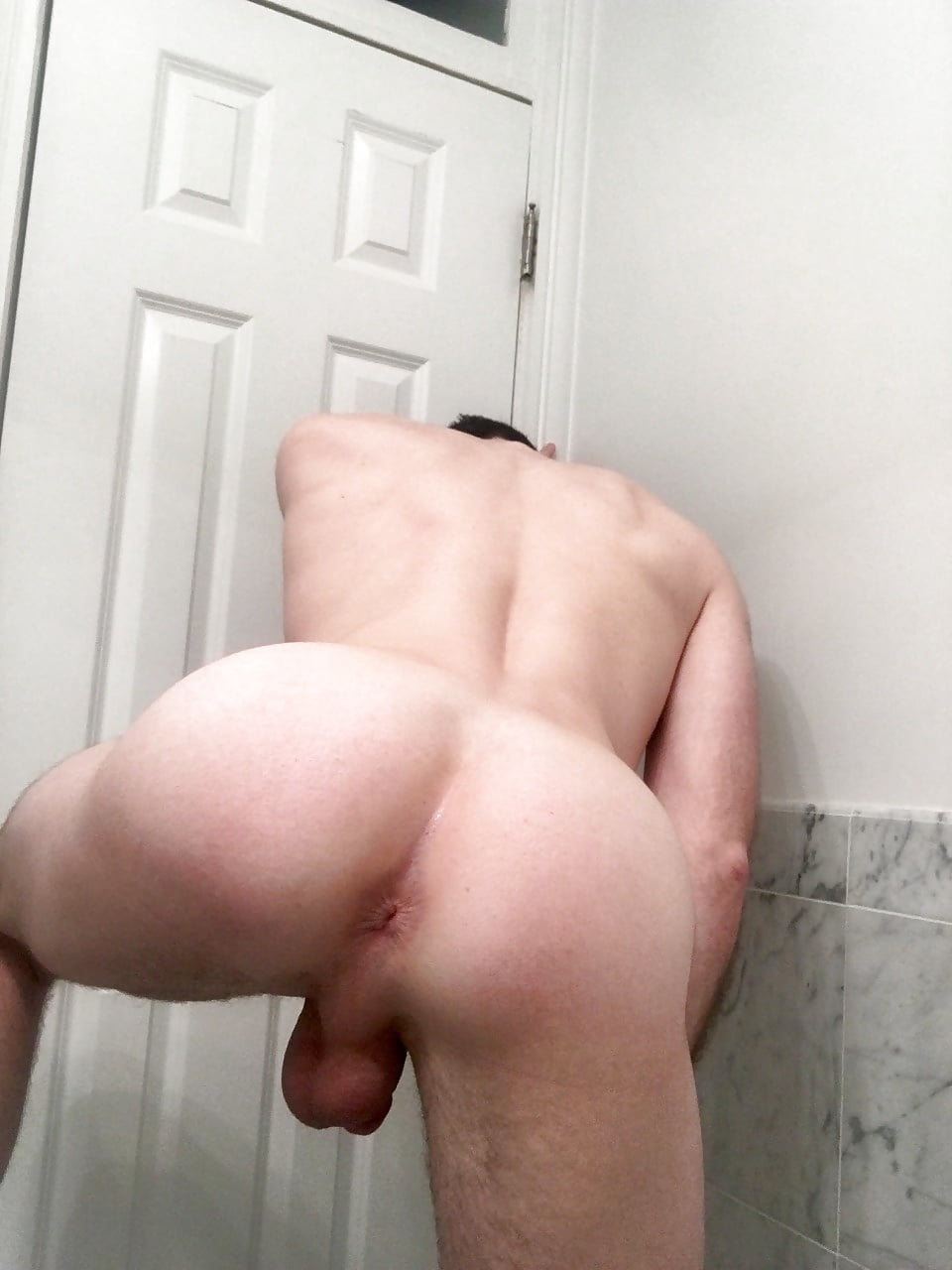 penis-naked-bubble-butt-twinks