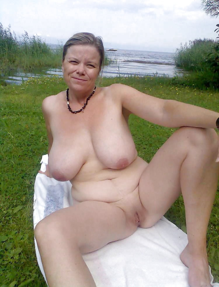 mature-sweden-nude-cute-busty