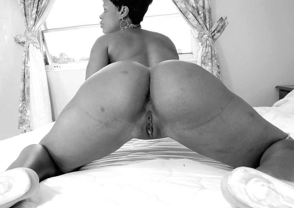 Dominican With Wide Hips Naked